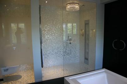 Wit-gouden douche, Amsterdam-Zuid